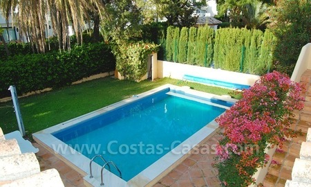 Beachside villa for sale, close to the beach, in Marbella 24