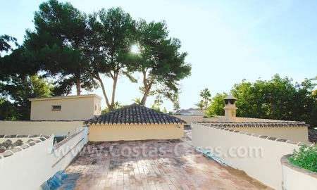 Beachside villa for sale, close to the beach, in Marbella 22