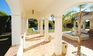 Luxury beachside villa for sale in Marbella 7