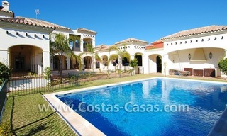 Luxury beachside villa for sale in Marbella 1
