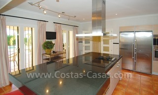 Luxury beachside villa for sale in Marbella 16