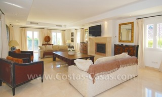 Luxury beachside villa for sale in Marbella 14