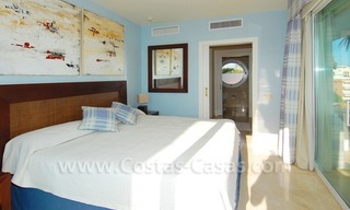 Beachfront apartments and penthouse for sale in a front line beach complex on the New Golden Mile, Marbella - Estepona 13