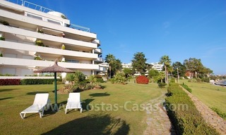 Beachfront apartments and penthouse for sale in a front line beach complex on the New Golden Mile, Marbella - Estepona 20