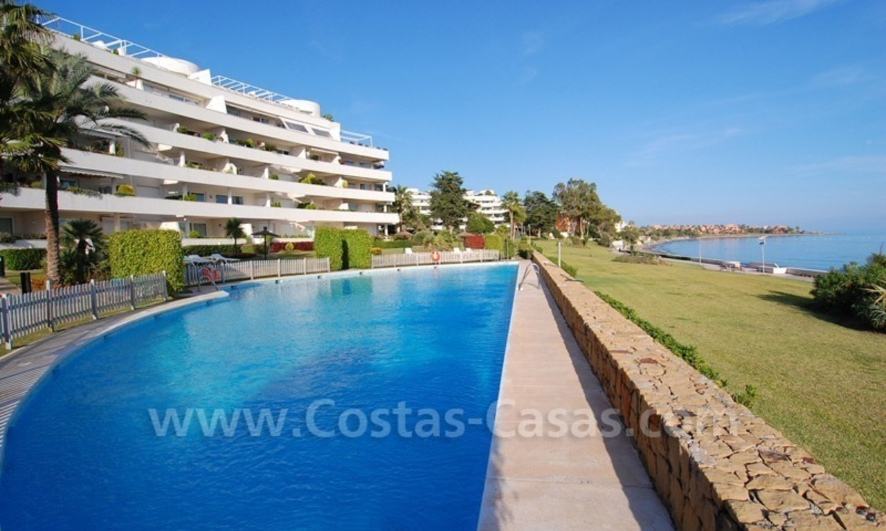 Beachfront apartments and penthouse for sale in a front line beach complex on the New Golden Mile, Marbella - Estepona 22