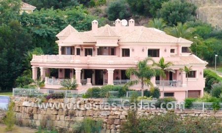 Large exclusive first line golf mansion villa for sale in Marbella – Benahavis.  0
