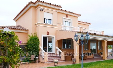 Villa for sale close to a few golf courses in a well known area in Estepona – Marbella – Benahavis