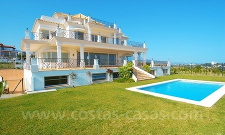 Spacious luxury villa for sale, golf resort, Benahavis – Marbella – Estepona on the Costa del Sol. 1