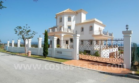 Spacious luxury villa for sale, golf resort, Benahavis – Marbella – Estepona on the Costa del Sol. 4