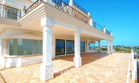 Spacious luxury villa for sale, golf resort, Benahavis – Marbella – Estepona on the Costa del Sol. 9