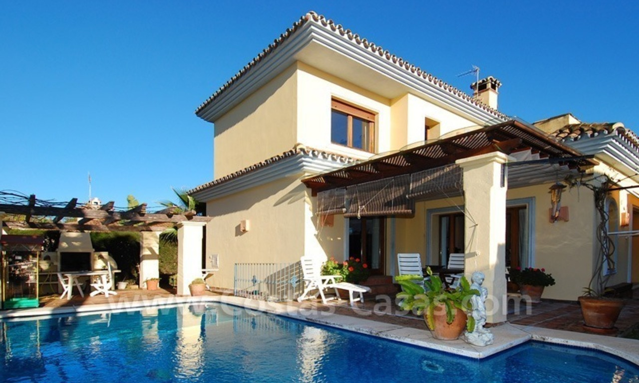 Beachside villa for sale, close to the beach in Marbella east 3
