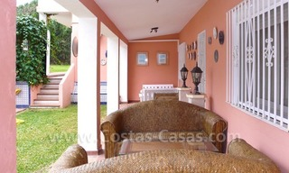 Huge beachside villa with guesthouses for sale close to the beach in Eastern Marbella 7