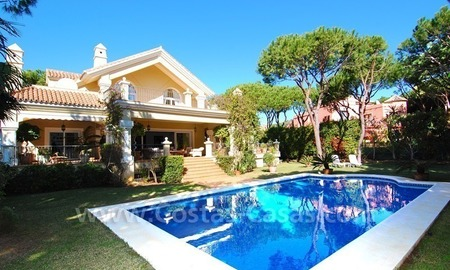 Spacious luxury villa for sale in Marbella east 2