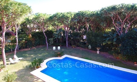 Spacious luxury villa for sale in Marbella east 10