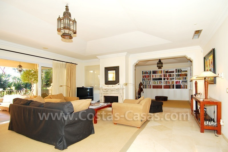Spacious luxury villa for sale in Marbella east 13