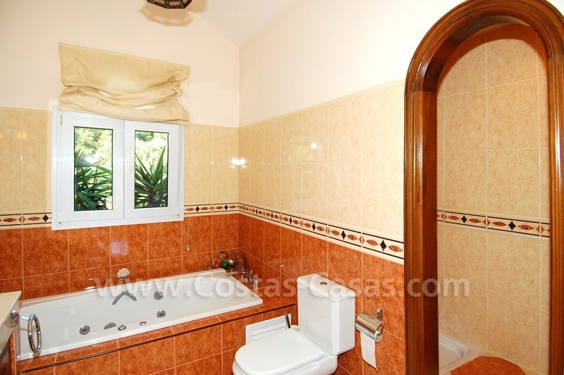 Spacious luxury villa for sale in Marbella east 24