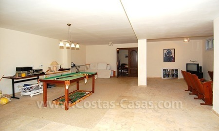 Spacious luxury villa for sale in Marbella east 29
