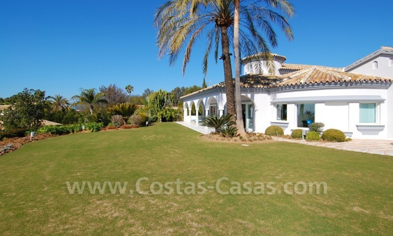 Breathtaking immaculate contemporary style villa for sale in Marbella 2