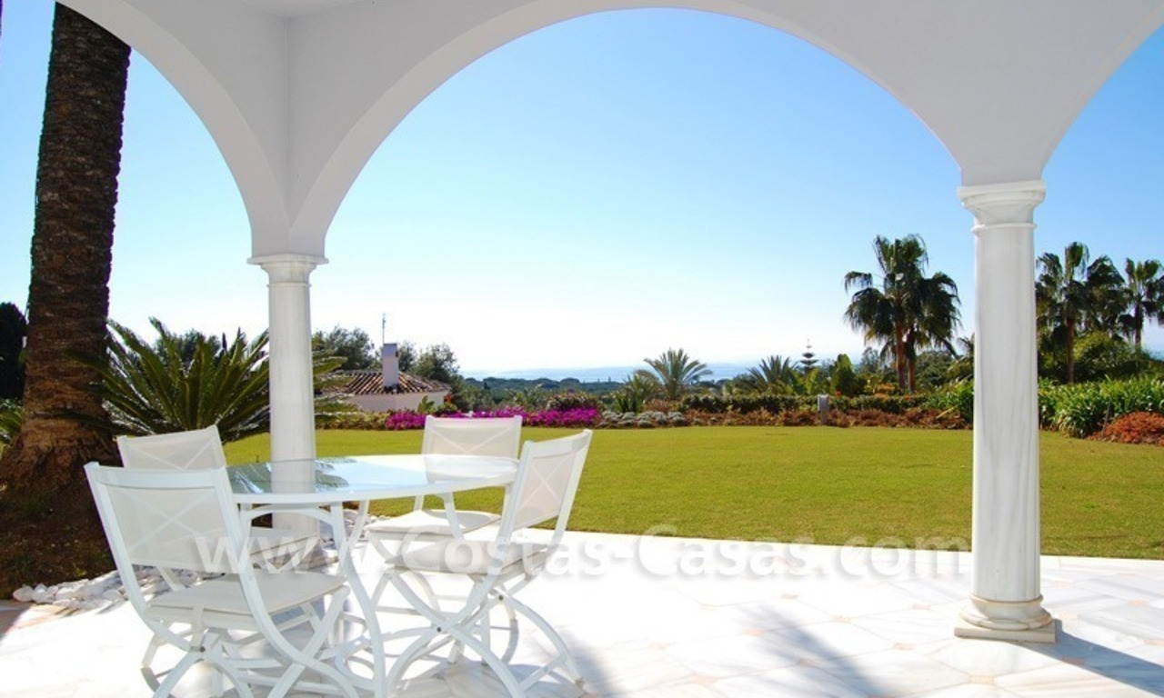 Breathtaking immaculate contemporary style villa for sale in Marbella 5