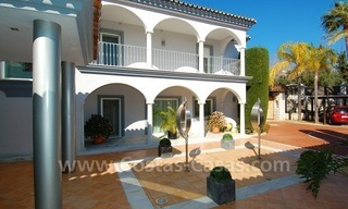 Breathtaking immaculate contemporary style villa for sale in Marbella 8