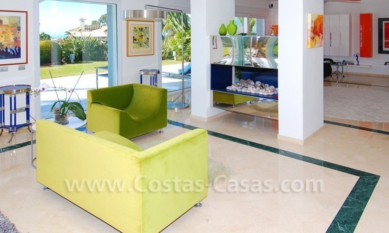 Breathtaking immaculate contemporary style villa for sale in Marbella 12