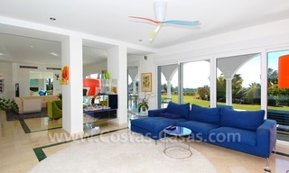 Breathtaking immaculate contemporary style villa for sale in Marbella 16
