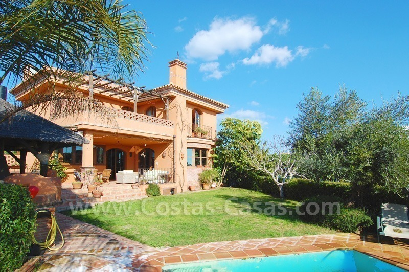 Charming beachside detached villa for sale in Eastern Marbella