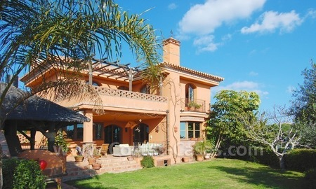 Charming beachside detached villa for sale in Eastern Marbella 1