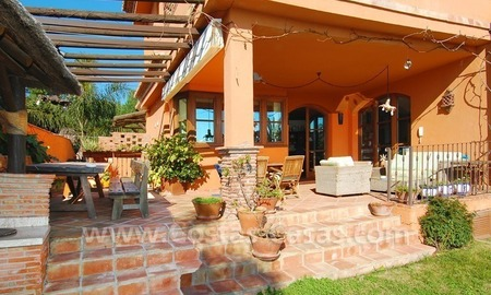 Charming beachside detached villa for sale in Eastern Marbella 2