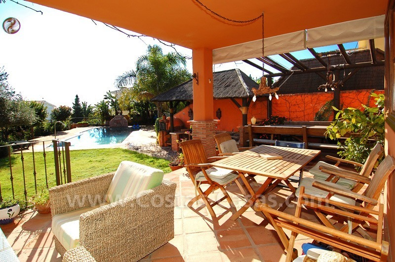 Charming beachside detached villa for sale in Eastern Marbella 4