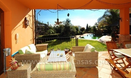 Charming beachside detached villa for sale in Eastern Marbella 6