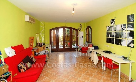 Charming beachside detached villa for sale in Eastern Marbella 22