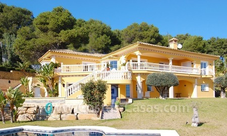 Stunning luxury villa to buy in Marbella East 2