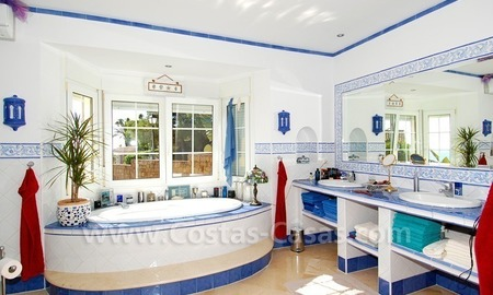 Stunning luxury villa to buy in Marbella East 18