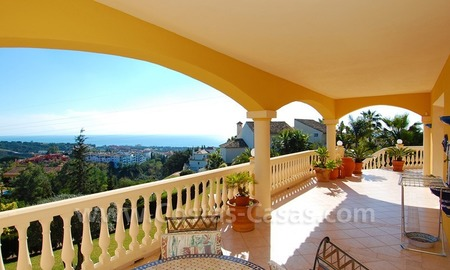 Stunning luxury villa to buy in Marbella East 8