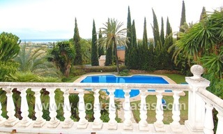 Huge Arabic Andalusian style villa for sale, Marbella - Estepona 1