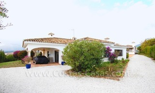 Classical Spanish style villa to buy in the area of Marbella – Estepona. 6