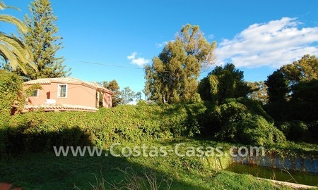 Bargain plot with detached villa to renovated for sale near the beach in San Pedro – Marbella 2
