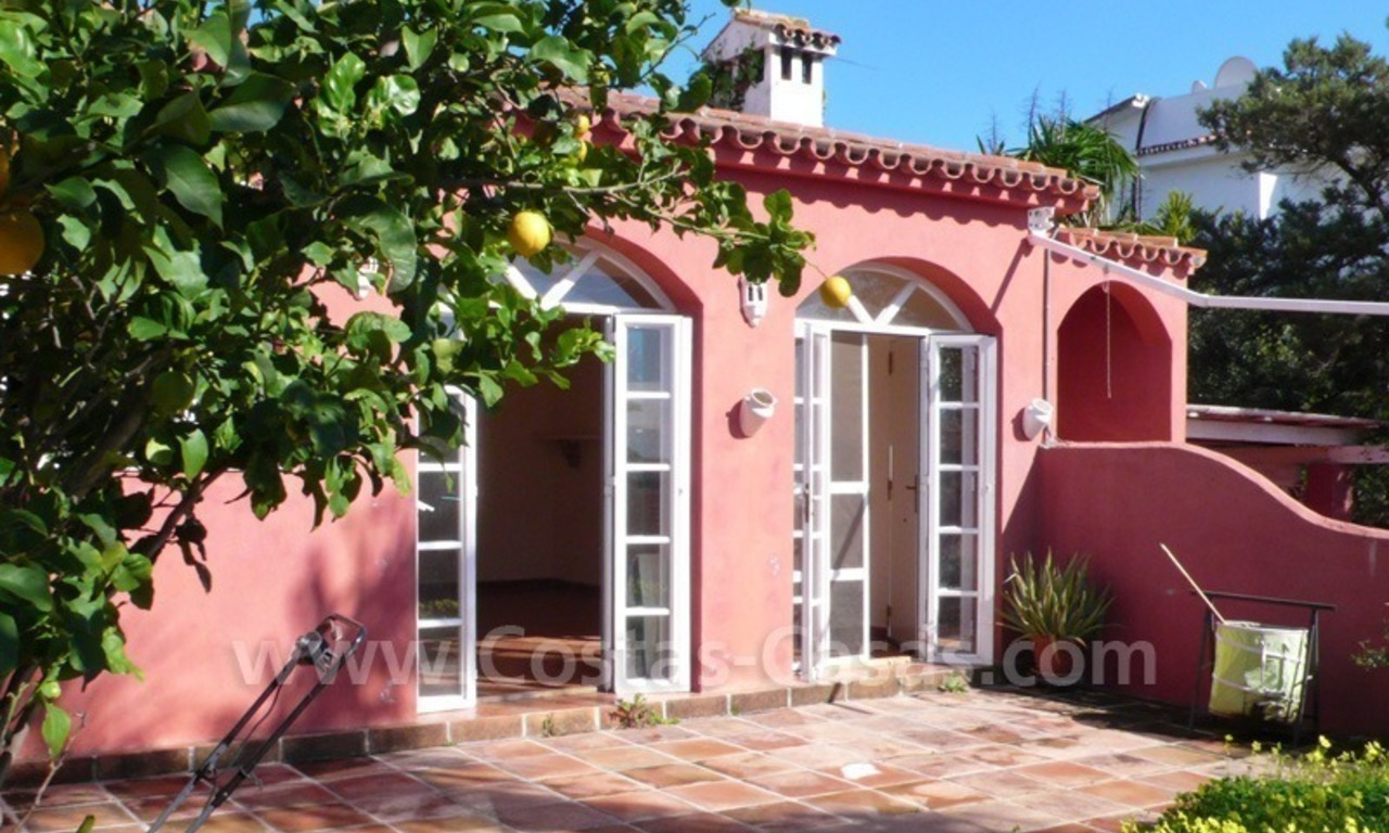 Investment villa for sale on sea side in Marbella East 6