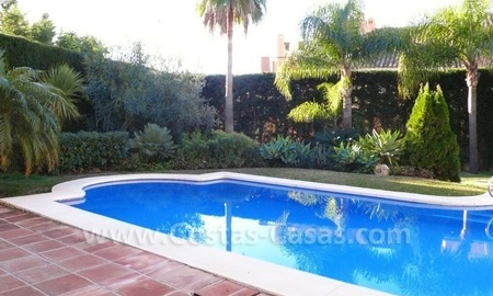 Luxury villa to buy in beach area in Eastern Marbella 3