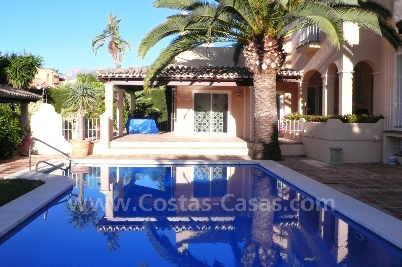 Luxury villa to buy in beach area in Eastern Marbella 4