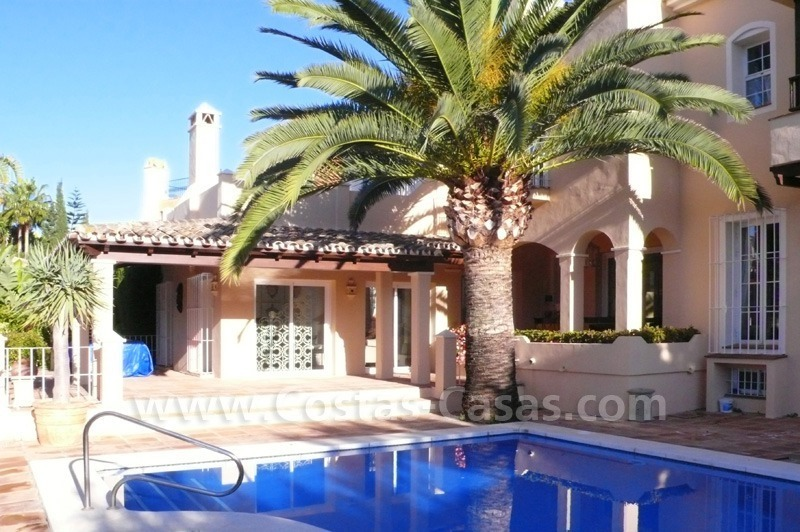 Luxury villa to buy in beach area in Eastern Marbella 5