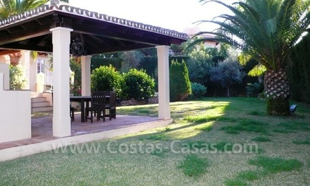 Luxury villa to buy in beach area in Eastern Marbella 8