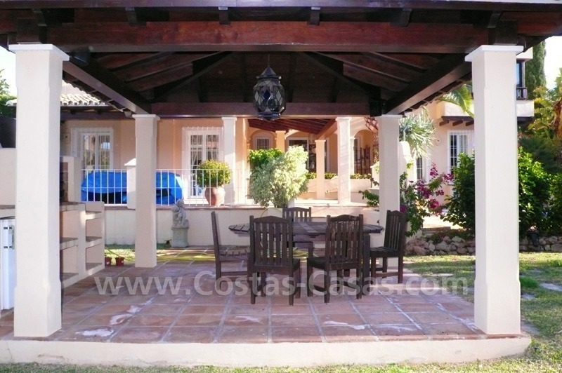Luxury villa to buy in beach area in Eastern Marbella 9