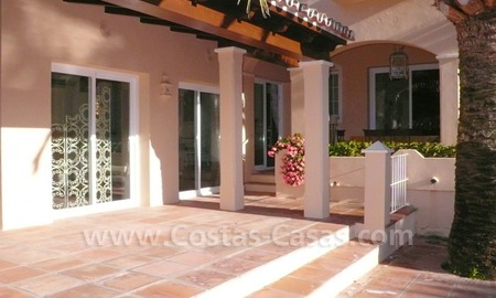 Luxury villa to buy in beach area in Eastern Marbella 11