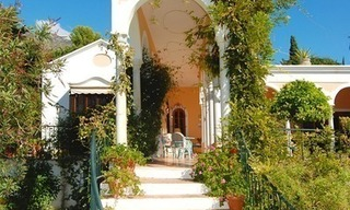 Romantic villa for sale above the Golden Mile in Marbella 9