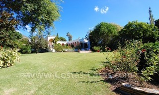 Romantic villa for sale above the Golden Mile in Marbella 16
