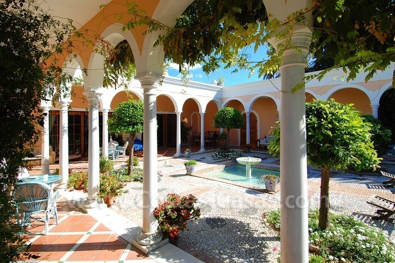 Romantic villa for sale above the Golden Mile in Marbella