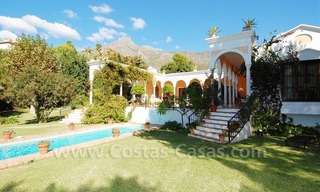 Romantic villa for sale above the Golden Mile in Marbella 11