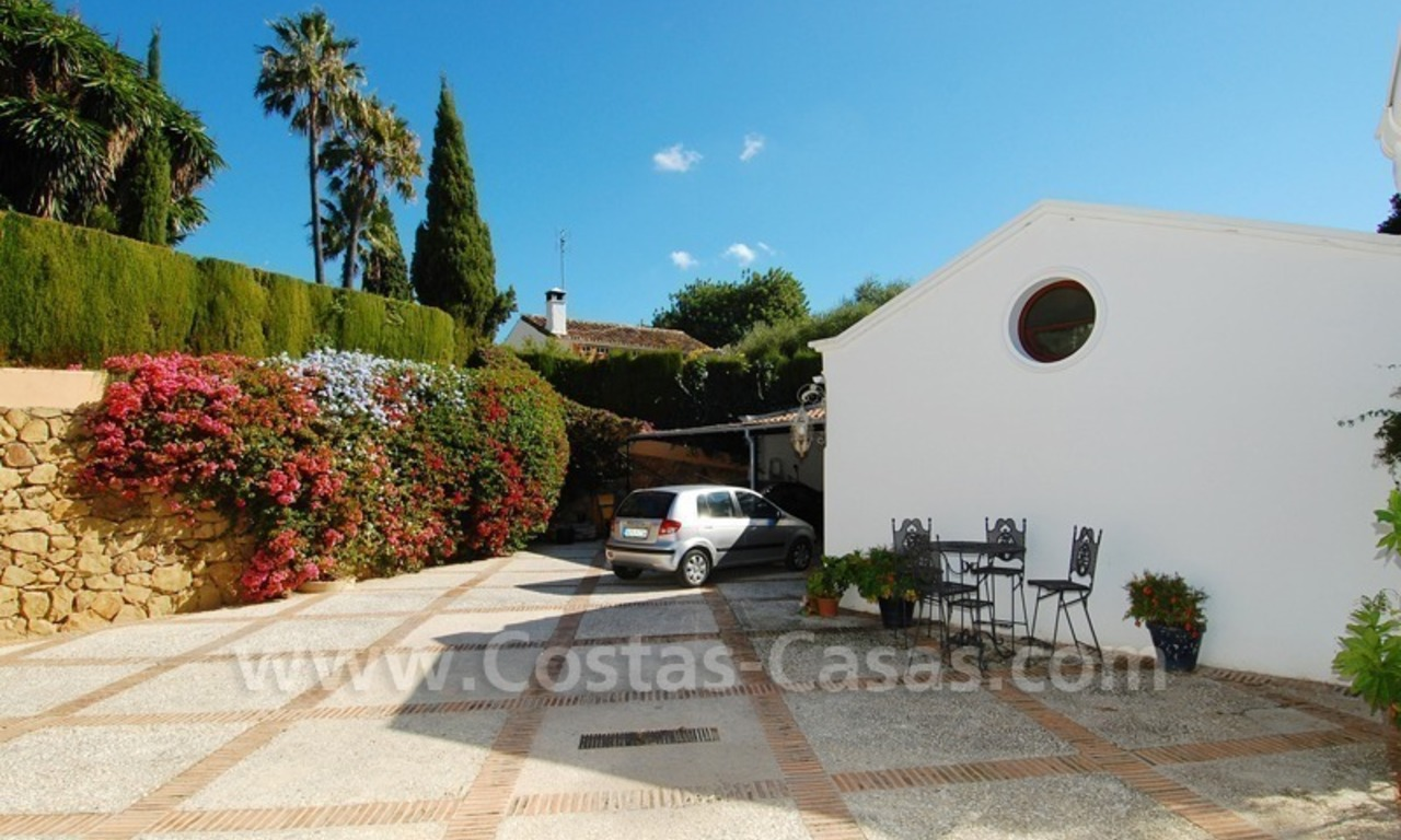 Romantic villa for sale above the Golden Mile in Marbella 19